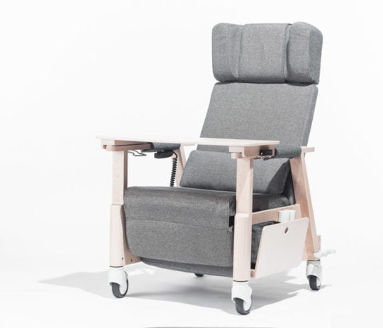 Santiago electric powered ahjustable armchair