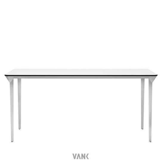 VANK four 1 1